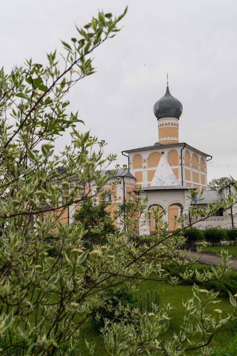 Варлаамо-Хутынский монастырь. Ваплаамиевская церковь.