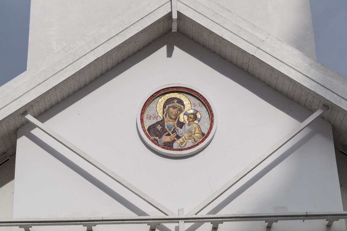 Минск. Верхний Город. Образ Богоматери на здании церкви святителя Кирилла Туровского.