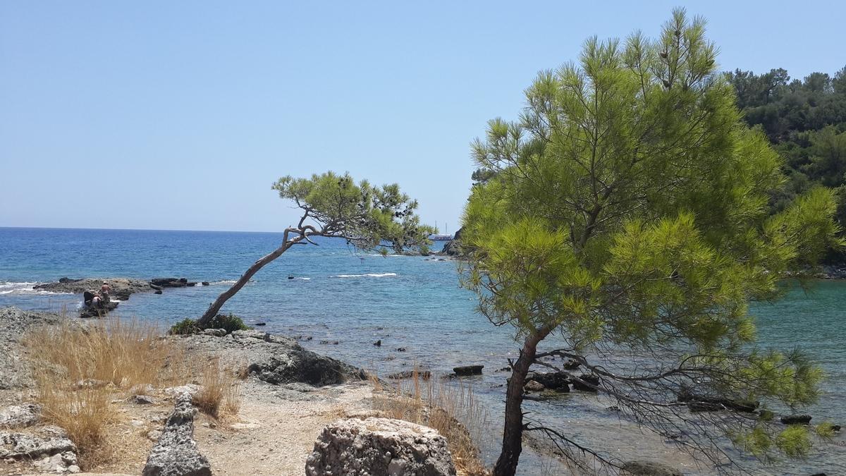 Еще одна гавань у античного Фазелиса.