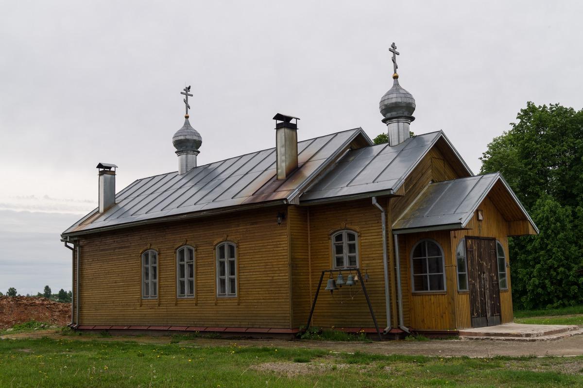 Михайло-Клопский монастырь.  Церковь Михаила Клопского.