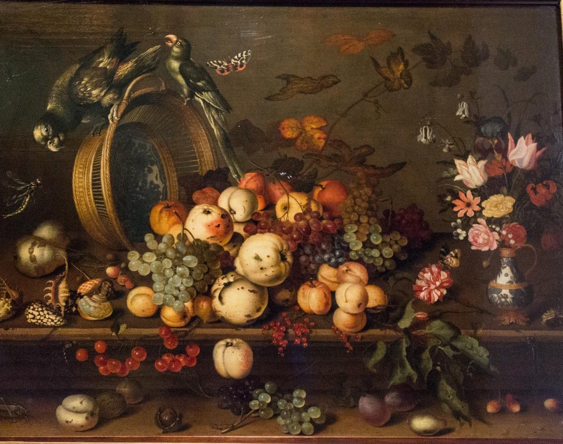 Государственный Эрмитаж. Балтазар ван дер Аст. Натюрморт с фруктами. 1637.