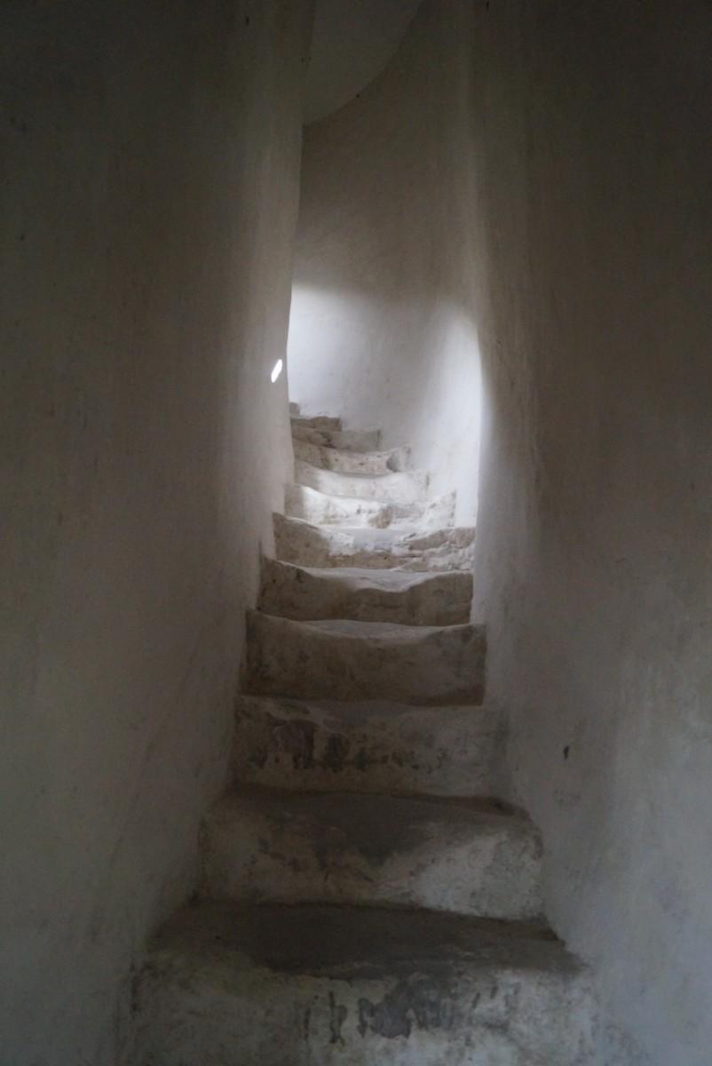 Дивногорье. Церковь Сицилийской иконы Божией матери. Подъем на второй этаж.