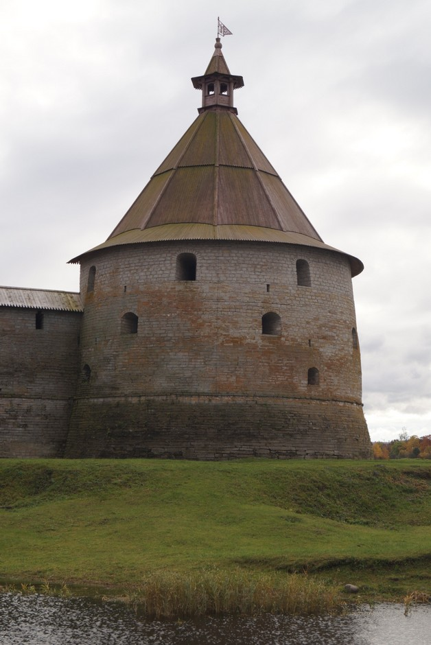 Крепость Орешек. Башня Головина.