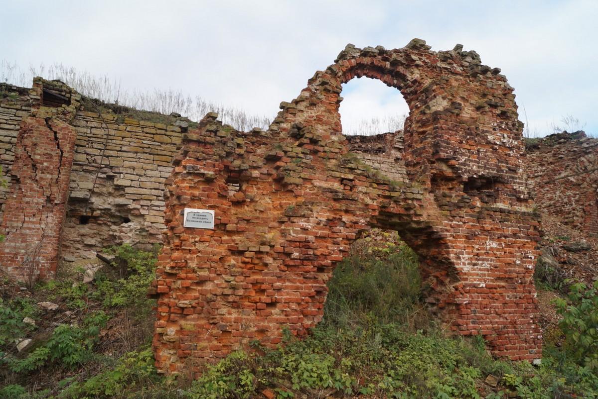 Крепость Орешек. Петровские казармы, впоследствии тюрьма.