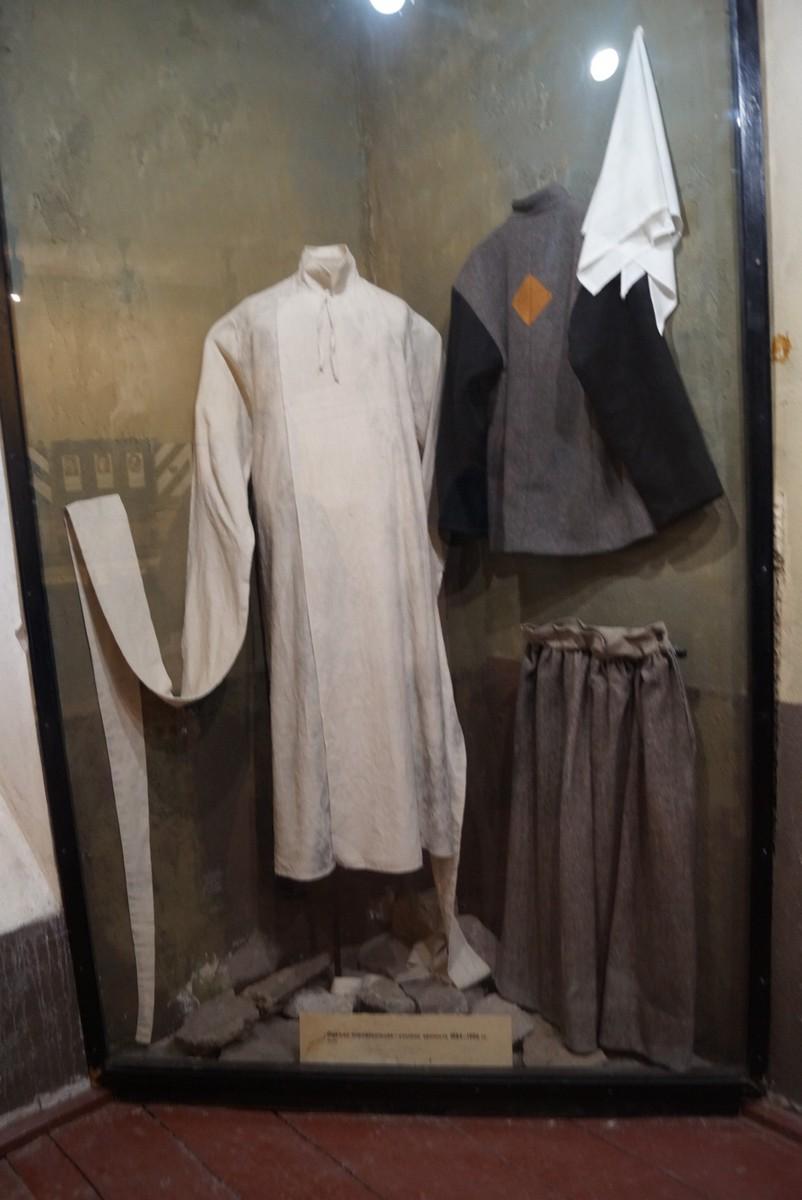 Крепость Орешек. Старая тюрьма. Одежда заключенных.