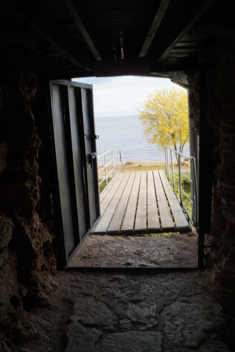 Крепость Орешек. К берегу Ладоги.
