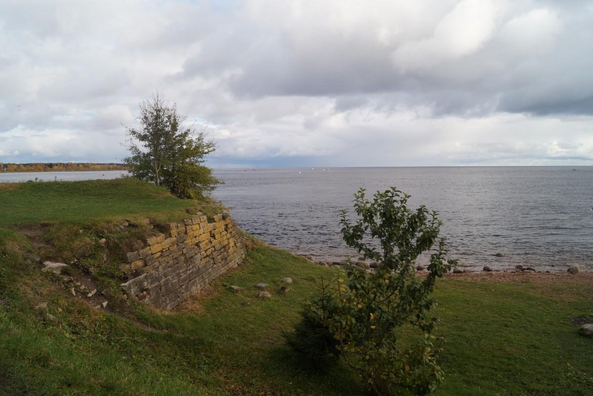 На Ореховом острове. Вид на Ладожское озеро.