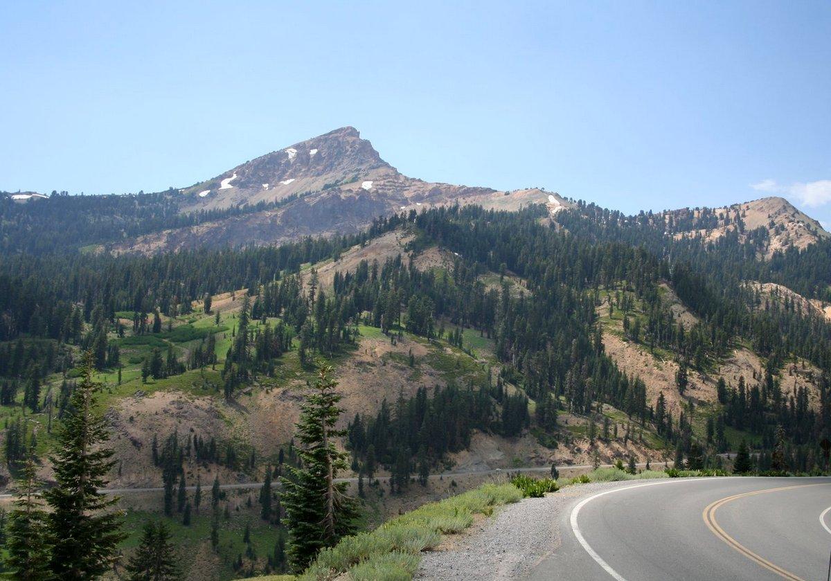 IMКалифорния. Лассен Волканик парк. Хвойная красота в горах.