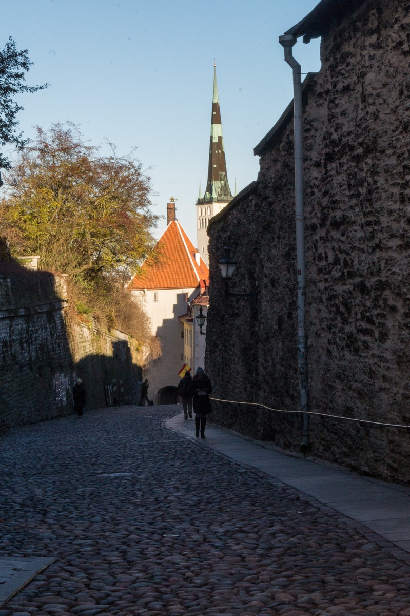 Таллин. Улица Пикк Ялг.