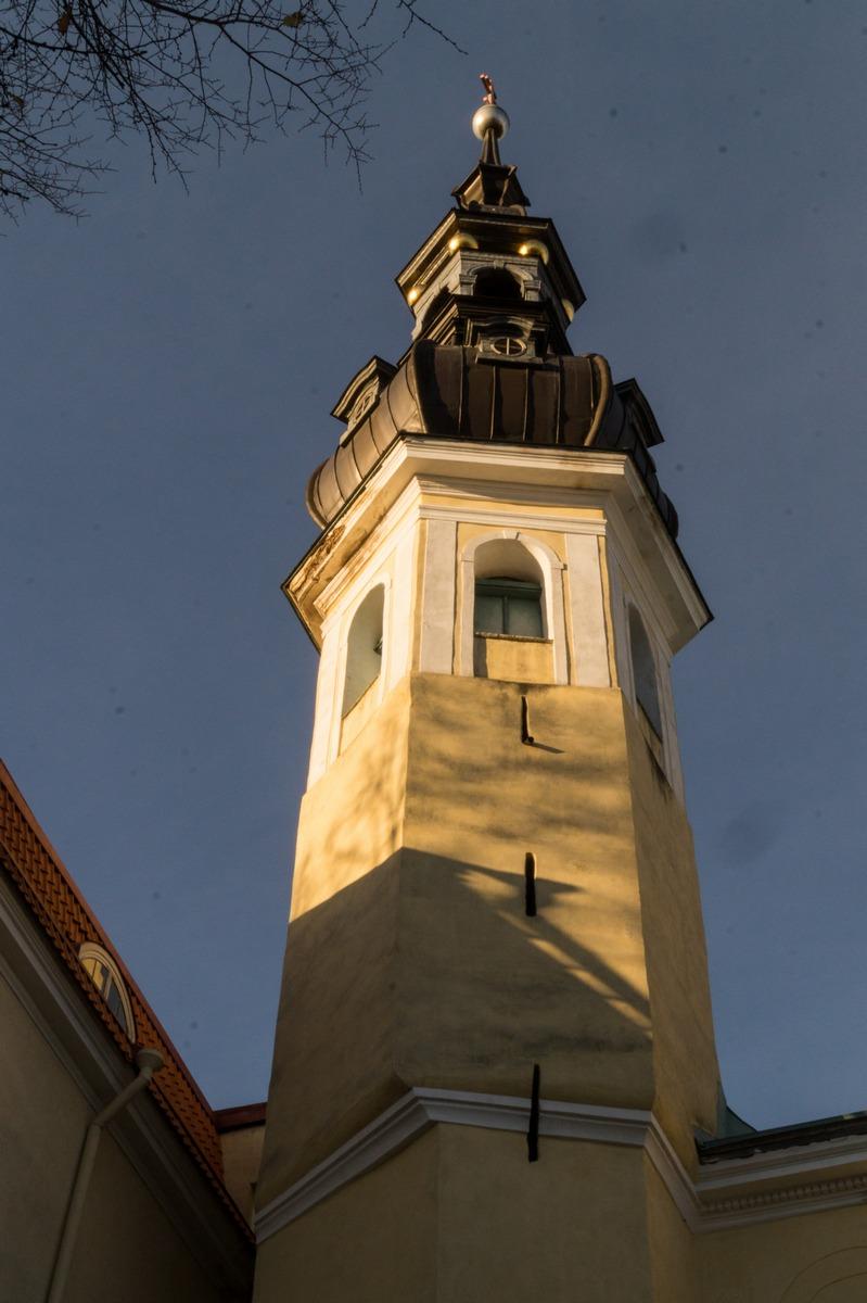 Таллин. Преображенская церковь. Колокольня.