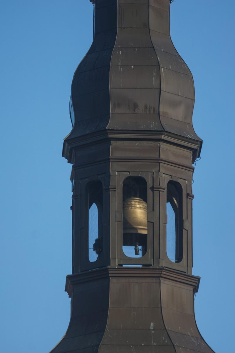 Таллин. Колокол в башне Ратуши.