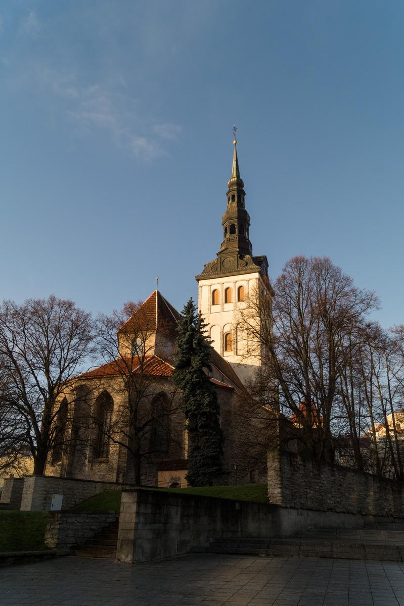 Таллин. Церковь Нигулисте (Св. Николая). Бывшая лютеранская церковь.