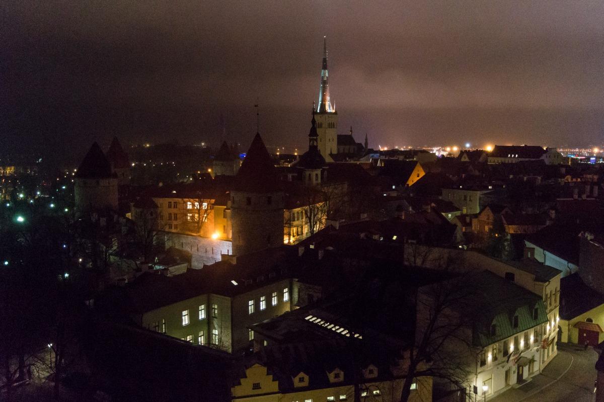 Вечерний Таллин. Просто вечер. Ноябрь.