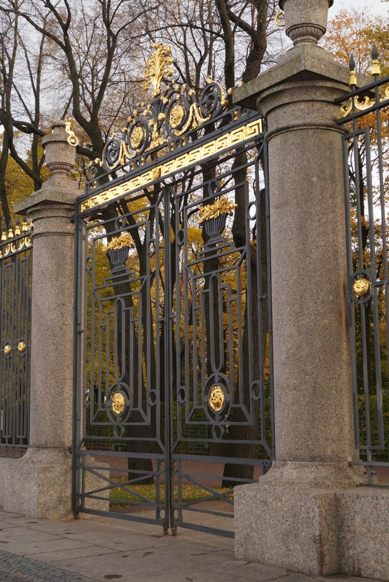 Санкт-Петербург. Ворота Летнего сада.