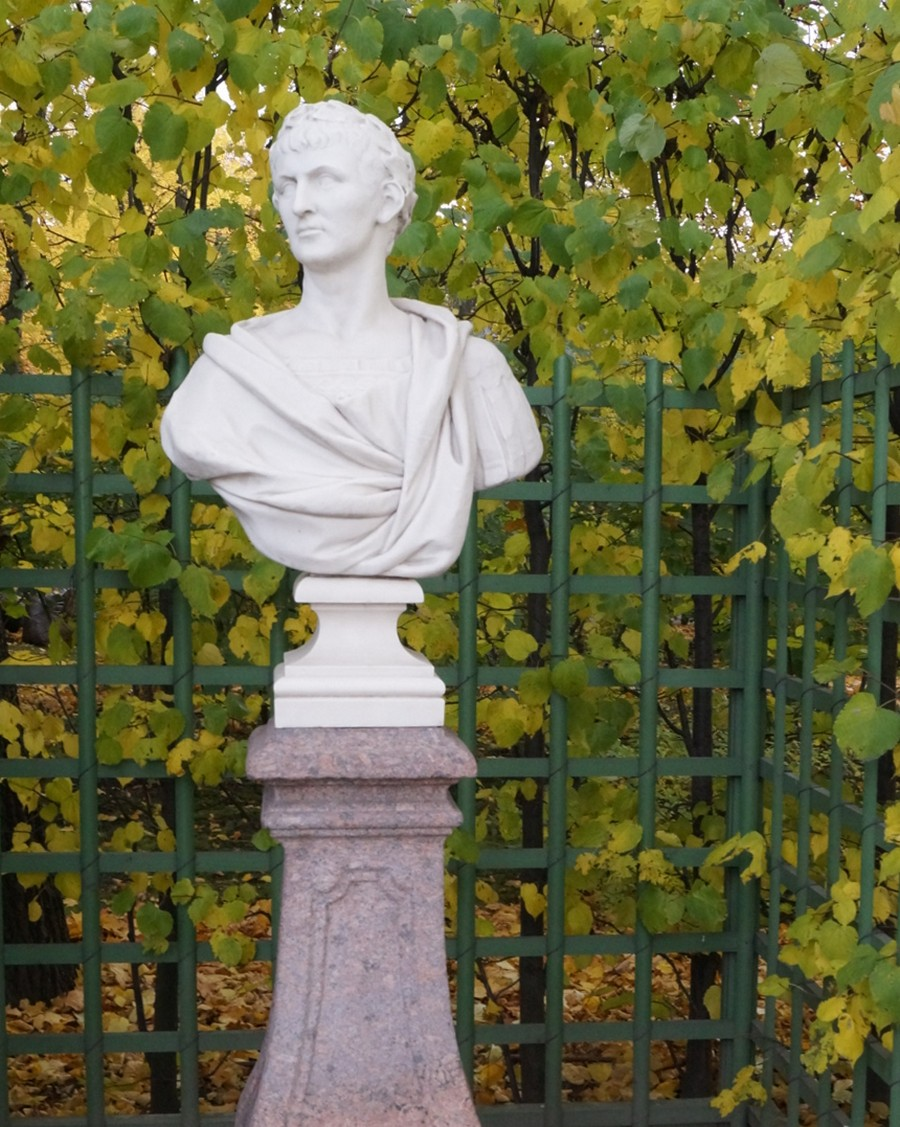 Летний сад. Траян, Римский император. Начало 18 века, Италия.