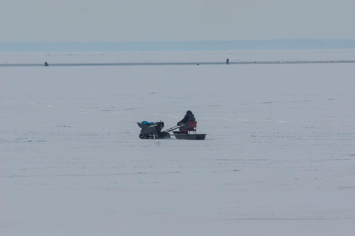 Ольгино. На Финском заливе. Рыбак в погоне за удачей.