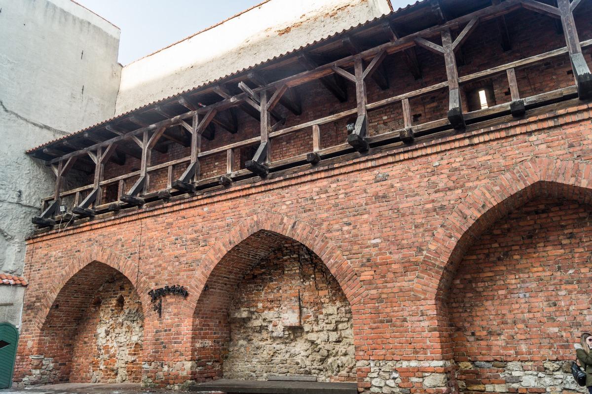 Рига. У городских укреплений XIII века.